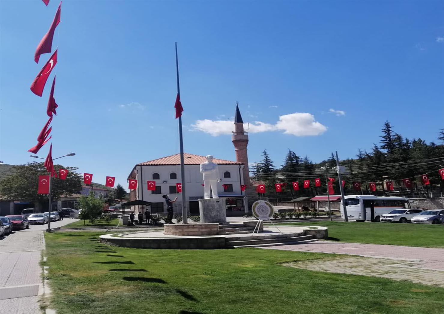 SEYİTGAZİ'DE  19 MAYIS ATATÜRK'Ü ANMA GENÇLİK VE SPOR BAYRAMI KUTLAMALARI